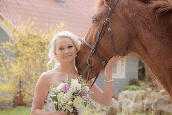 horses at your wedding Galway